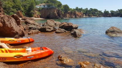 Kayaking in the coves around Agay