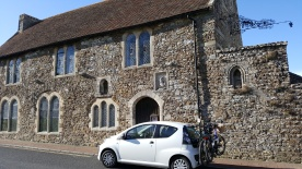 Court Hall & Museum, Winchelsea (& the little car :) )