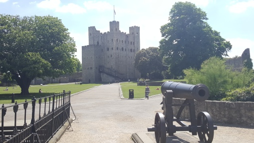 A different view of the castle at Rochester