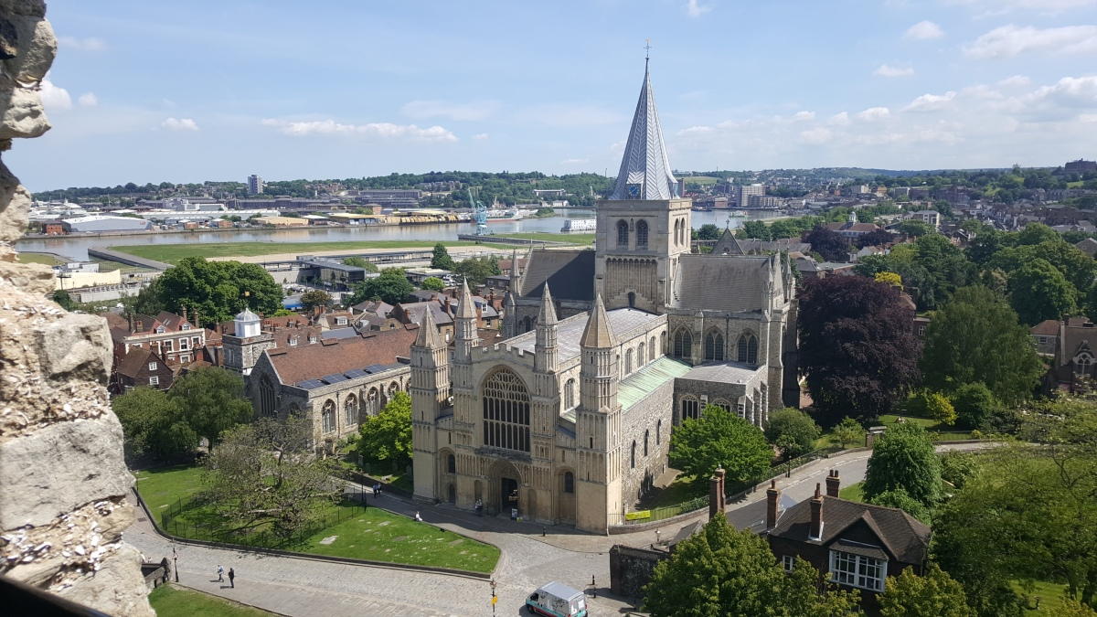 Staying near London and visiting Rochester & ChathamDocks