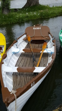 Never seen a boat called Mandy before! (They did spell it wrong though...!)