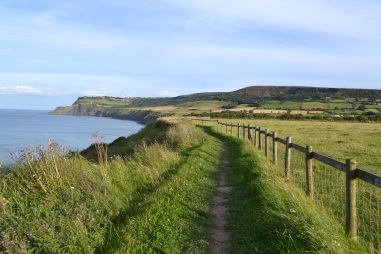Clifftop walk from Boggle Hole