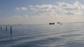 The Hovercraft on it's way back in (taken from Old Portsmouth)