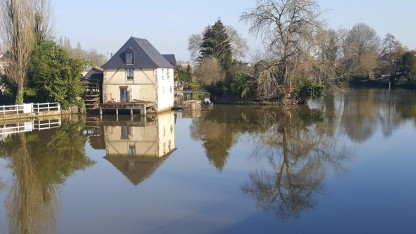 River opposite motorhome parking at Quai Louis Blanc, Le Mans